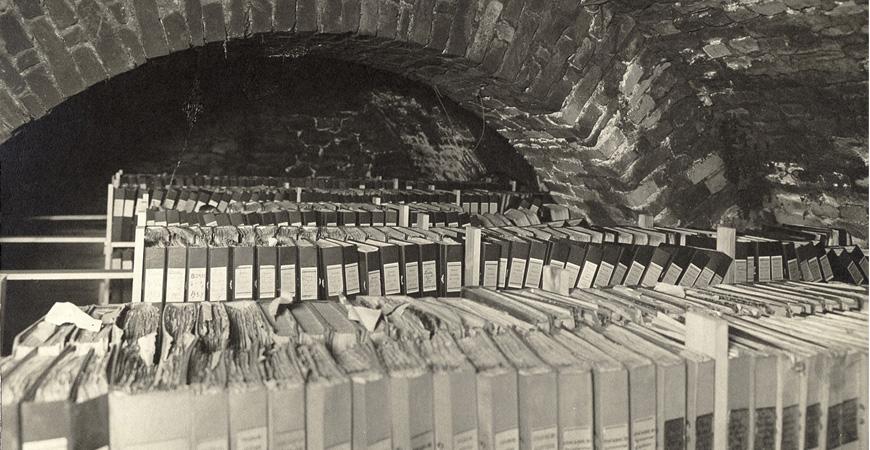 Skandias arkiv inrymt i Slottskällaren 1930. (Källa: Skandias arkiv hos Centrum för Näringslivshistoria)