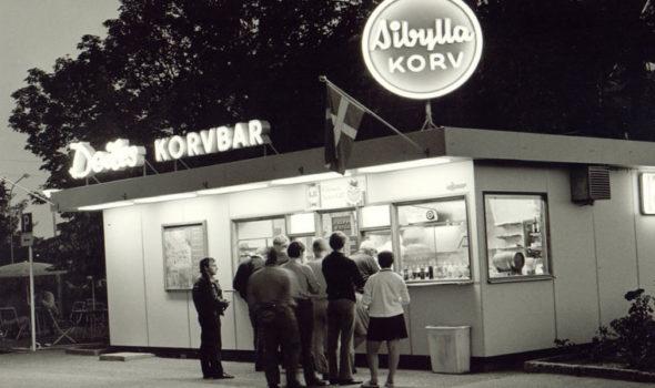 Deiles korvkiosk i Örebro. (Bild från Morgan Deiles blogg, http://morgandeile.blogspot.se/)