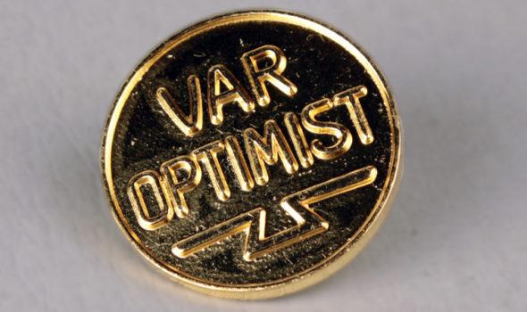 Optimistnål, nyproducerad. Foto från Centrum för Näringslivshistoria:s arkiv.