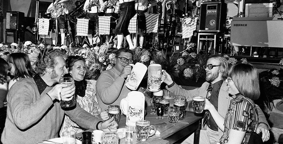 Hur kom ölet till nöjesfälten?
